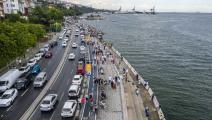 حركة  مرور كثيفة بشوارع إسطنبول