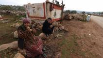 لاجئان سوريان شمال لبنان (عبد العزيز كتاز/فرانس برس)