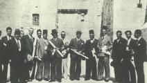 سابا شبر (في الوسط) مع معماريين عرب أثناء مشاركتهم في مؤتمر معماري عقد في فلسطين عام 1936