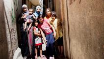 لاجئون فلسطينيون في مخيم عين الحلوة (Getty)
