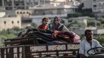 سوريون نازحون في إدلب (عز الدين الإدلبي/ الأناضول)