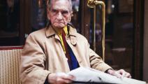 ألبرت قصيري في مقهى بباريس، كانون الأول/ ديسمبر 2000