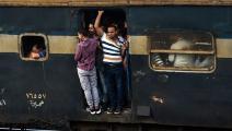 قطار في القاهرة - مصر - مجتمع