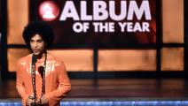 برنس خلال توزيع جوائز غرامي قبل أشهر (كيفن وينتر/Getty)