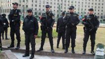 الشرطة المصرية تحاصر ميدان التحرير صباح 25 يناير