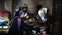 تدهور معيشة سكان غزة (عبد الحكيم أبو رياش/العربي الجديد)