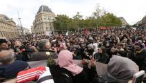 تكررت الاحتجاجات في باريس ضد الإسلاموفوبيا (ميشيل ستوباك/ Getty)