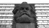 تمثال لماركس في كيمنتس الألمانية - القسم الثقافي