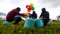سياسة/البالونات الحارقة/(محمود حمص/فرانس برس)