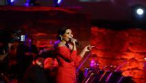 اعتذرت شيرين عن غناء تتر 2020 (الأناضول)