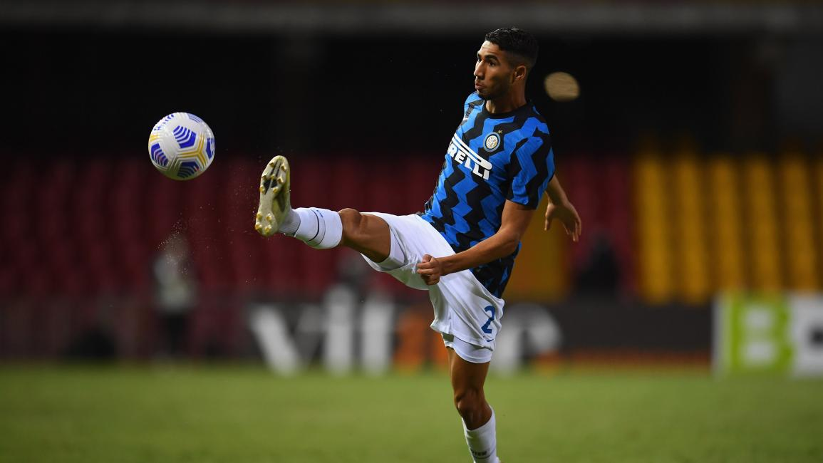 BENEVENTO, ITALY - SEPTEMBER 30: Achraf Hakimi of FC Internazionale in action during the Serie A match between Benevento Calcio and FC Internazionale at Stadio Ciro Vigorito on September 30, 2020 in Benevento, Italy. (Photo by Claudio Villa - Inter/Inter via Getty Images)