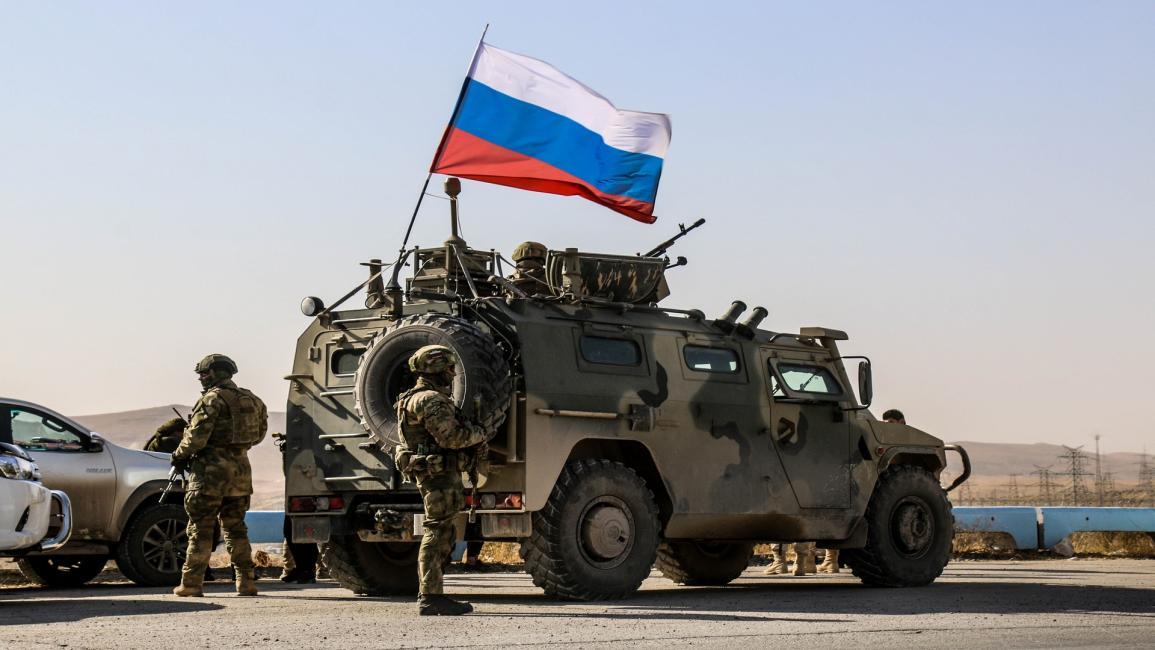 قوات روسية تسيطر على أحد أهم آبار النفط السورية بدير الزور