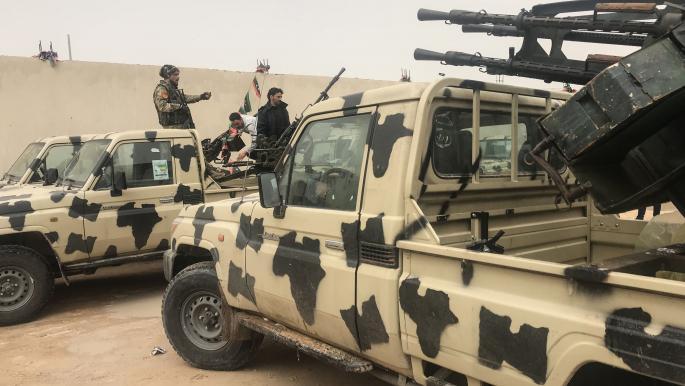 مليشيات حفتر تعلن الحدود مع الجزائر منطقة عسكرية مغلقة