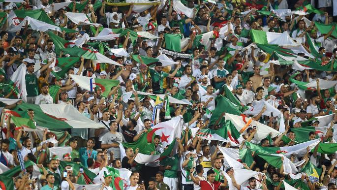 وفاق سطيف يحسم قمة الدوري الجزائري بهدفٍ عالمي