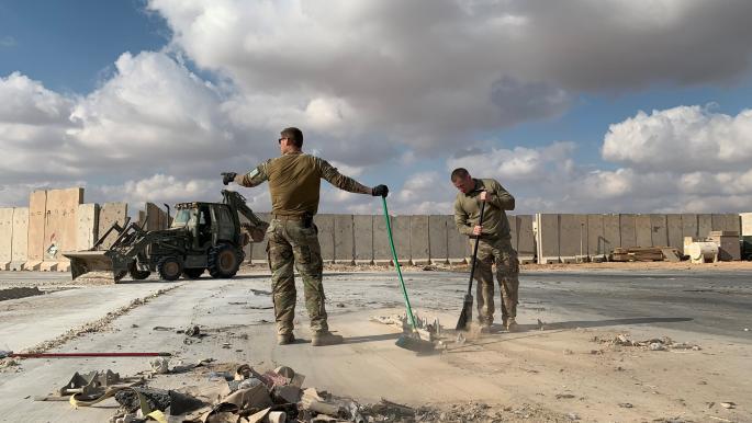 """القوات العراقية تغلق محيط """"عين الأسد"""" ومعلومات عن منفذي الهجوم"""