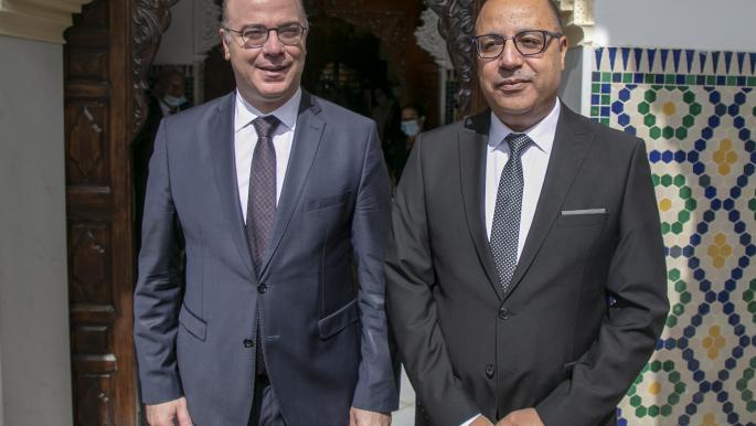 نقابة الصحافيين تعتبر رئيس الحكومة التونسية معادياً لحرية الإعلام