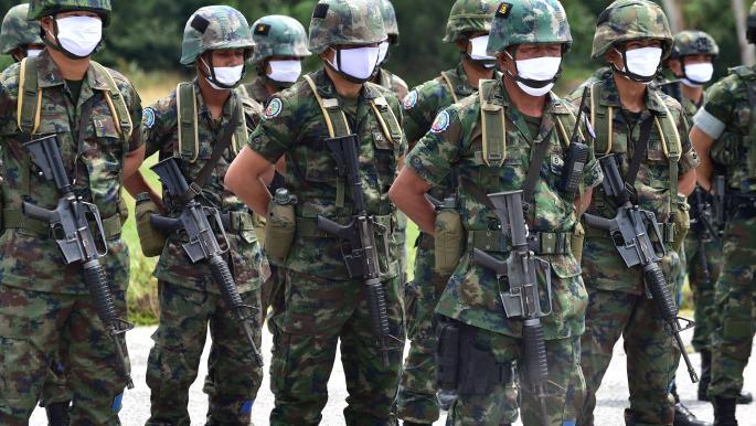 """تايلاند تفتح تحقيقاً بعد حذف """"فيسبوك"""" حسابات مرتبطة بالجيش"""