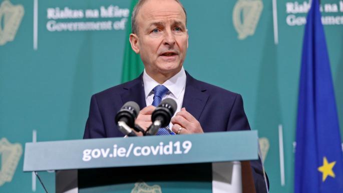 أيرلندا أول عضو في الاتحاد الأوروبي يعيد فرض إغلاق كورونا