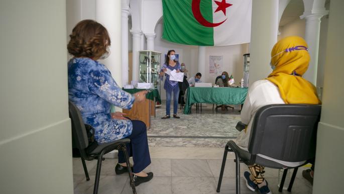أحزاب ومكونات للحراك ترفض الانتخابات الجزائرية: لا تحقق التغيير
