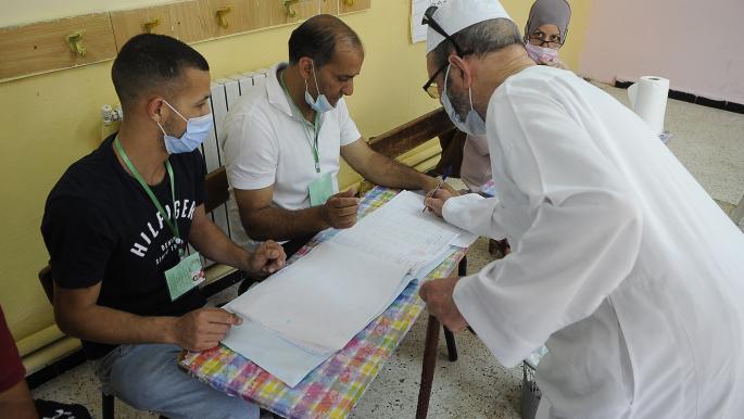 3.78 بالمائة نسبة التصويت الأولية في الانتخابات النيابية بالجزائر
