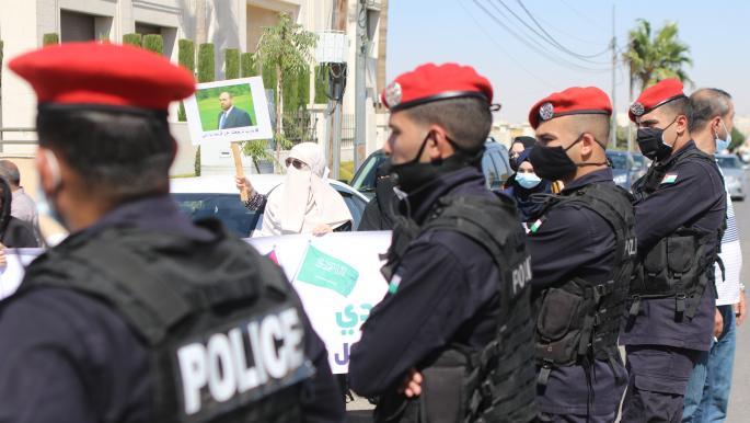 """أردنيون يدوّنون عن """"#انتهاكات_حقوق_الإنسان"""" ويطالبون بإصلاحات وحريات"""