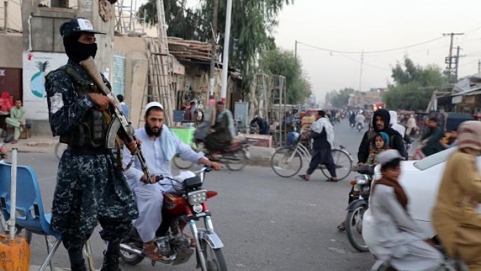 """""""طالبان"""" ترتب بيتها الداخلي وتحذر مسلحيها من الأعمال الانتقامية"""