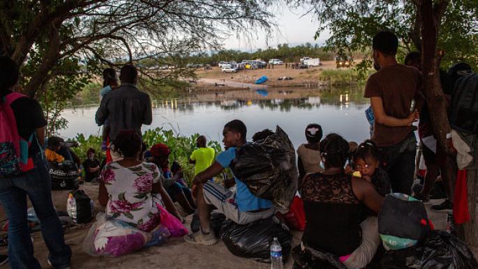 مأساة مهاجري هايتي على حدود أميركا والمكسيك: مخاوف الترحيل تتصاعد