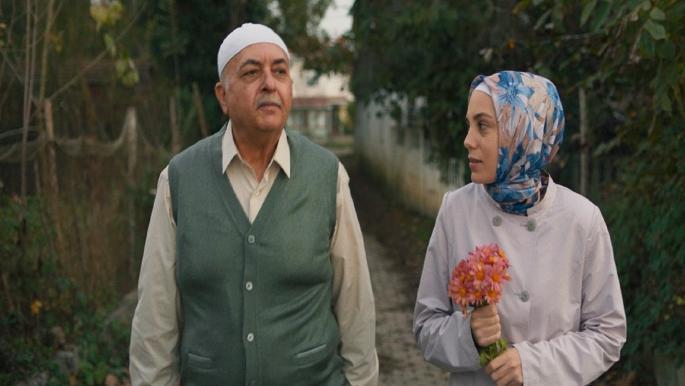 """مسلسل """"طيف إسطنبول""""... جميعنا مرضى نفسيون"""