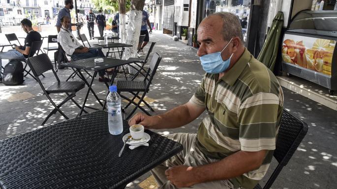الجزائر: أزمة سيولة تهدد أصحاب المعاشات والموظفين