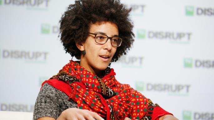 """أزمة جديدة في """"غوغل"""": تسريح باحثة سوداء"""