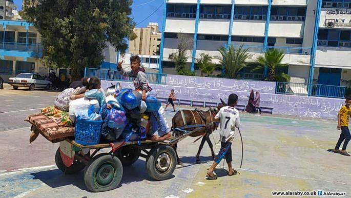 نازحون في المدارس مع تصاعد العدوان الإسرائيلي على غزة