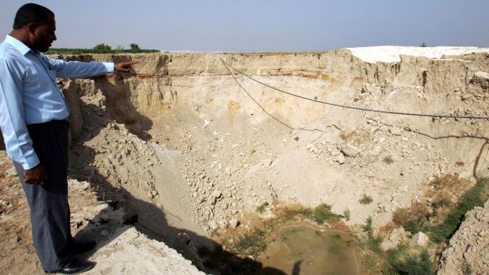جفاف بالقرب من البحر الميت في الأردن (خليل مزرعاوي/ فرانس برس)