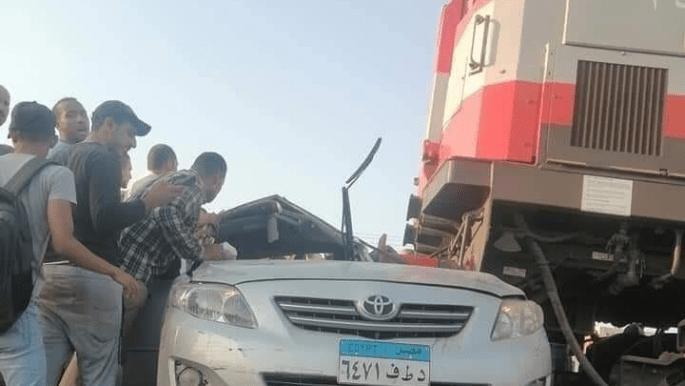مصرع 3 مصريين في دهس قطار لسيارة بالدقهلية