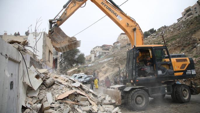هدم بيت في القدس بأمر من الاحتلال الإسرائيلي (مصطفى الخروف/ الأناضول)