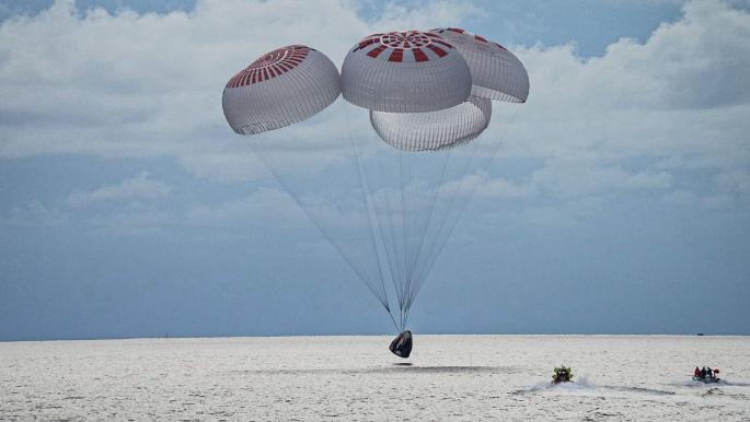 عودة سياح الفضاء الأميركيين الأربعة إلى الأرض