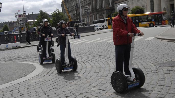 كوبنهاغن تسمح مجدداً باستخدام دراجات سكوتر الكهربائية