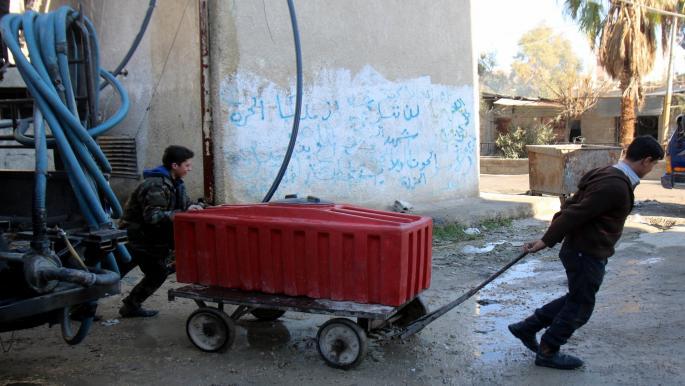 """""""قسد"""" تقطع الكهرباء عن مناطق للنظام السوري"""
