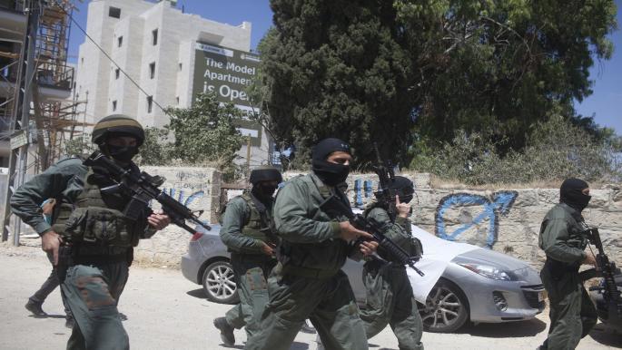 الاحتلال يرغم مقدسياً على هدم منزله واعتداءات واعتقالات في الضفة